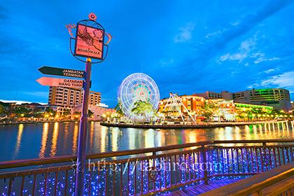 2011,03,15マラッカ川の夜景02b.jpg
