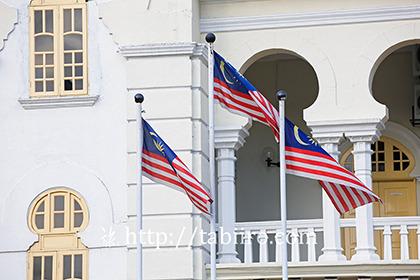 2011,03,30マレーシアの国旗b.jpg