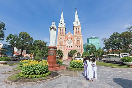 2012,01,28サイゴン教会023b.jpg