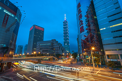 2014,11,30台北市街の夜景018a.jpg