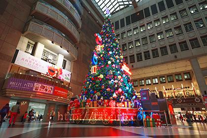 2014,12,01台北駅のクリスマスツリー088a.jpg
