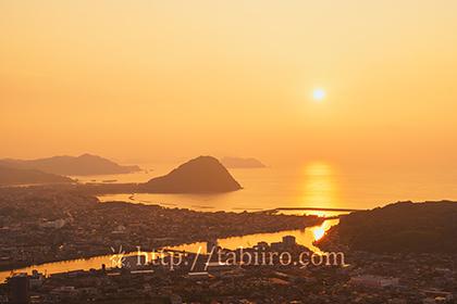 2015,08,15奥萩展望台より指月山と日本海の夕日094a.jpg