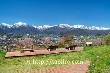 2019,05,08信濃大町市街越しに後立山連峰を望む003B.jpg