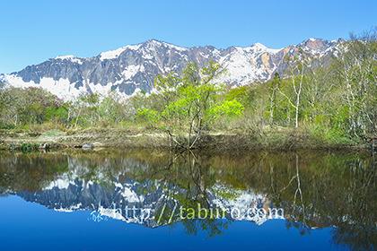 2019,05,10天池越しに鳥甲山を望む001B.jpg