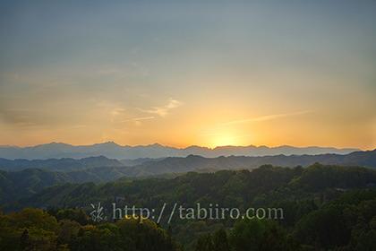 2019,05,12小川村より後立山連峰の夕景を望む027B.jpg