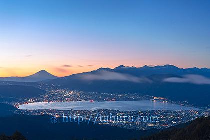 2020,10,25高ボッチ山より諏訪湖の夜明け007b.jpg